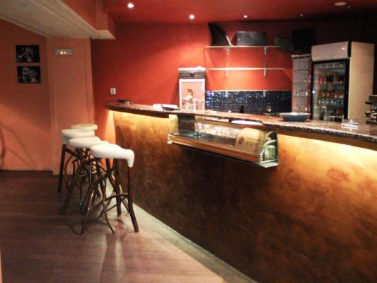 Bar ve vestibulu Činoherního klubu